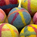 Organic felting kit for decorative balls